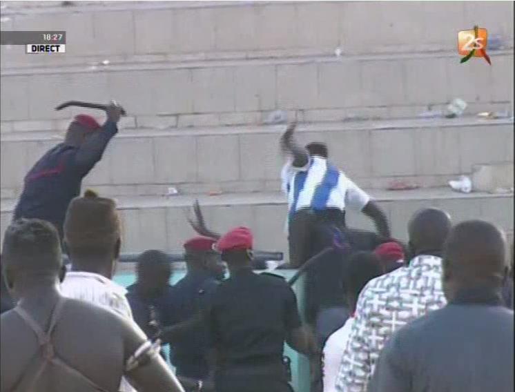 Forces de l'ordre, Stade Iba Mar Diop, violence
