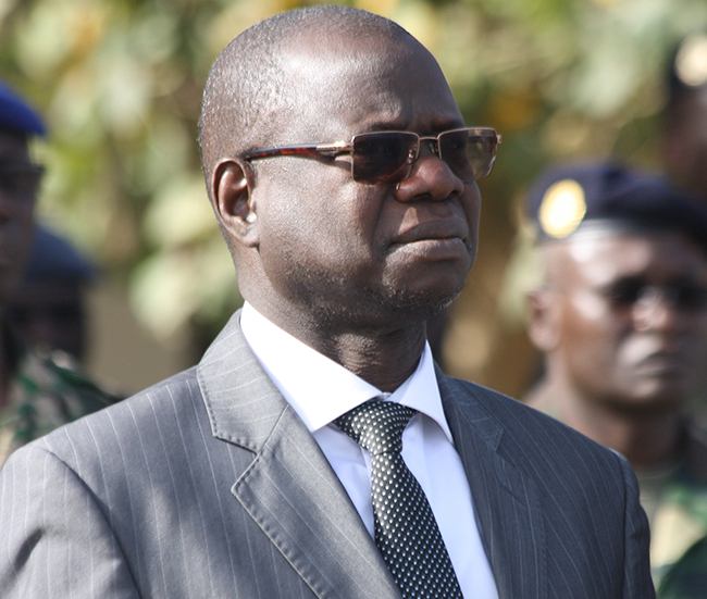 Augustin Tine, Direction des bourses, Macky Sall
