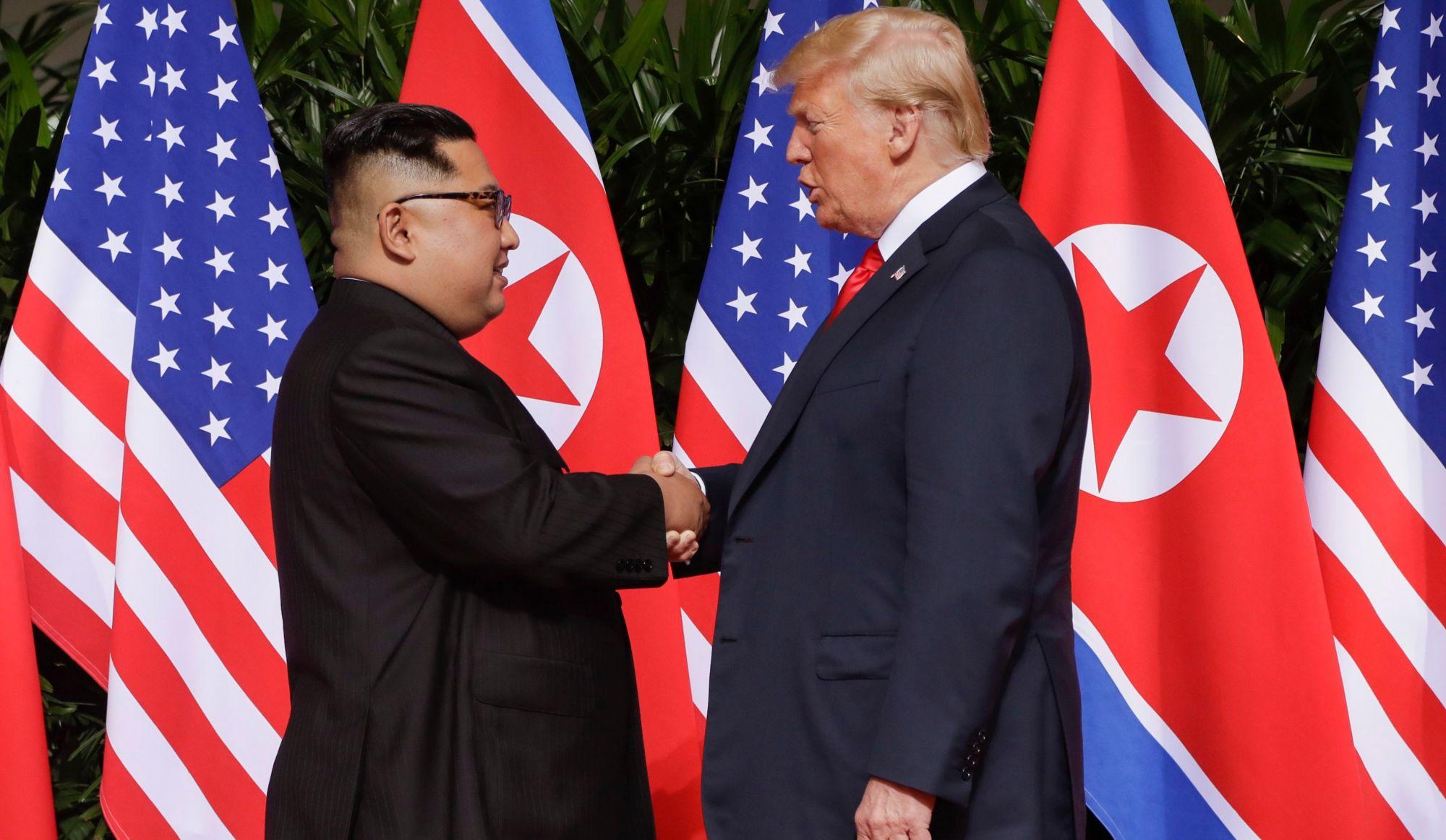 Kim Jum UN, poignée de main, Trump