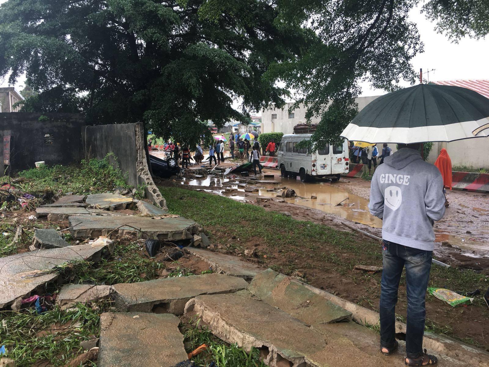 15 morts à Abidjan après des pluies torrentielles — Côte d'Ivoire