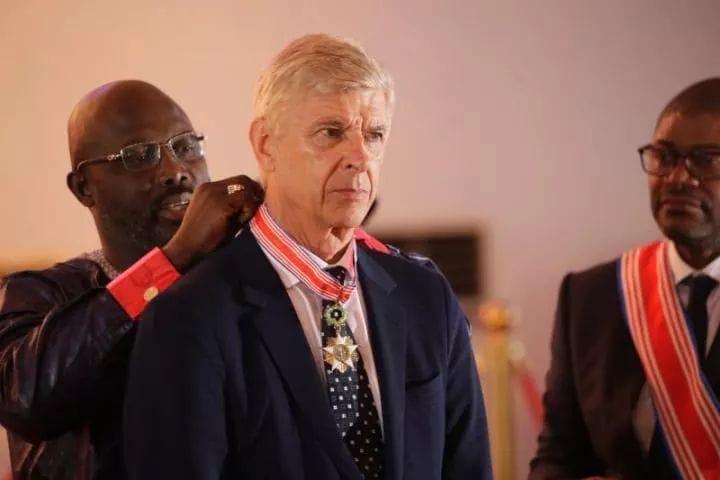 Wenger et Le Roy honorés par George Weah — Liberia