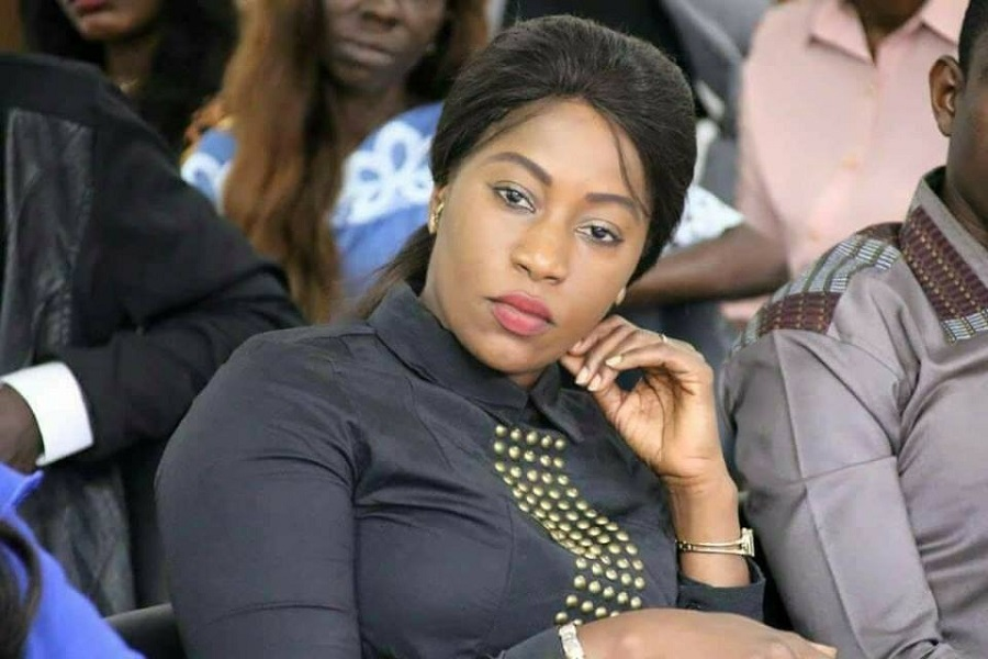 Arona Coumba Ndoffène Diouf, awa mbaye, Biscuiterie