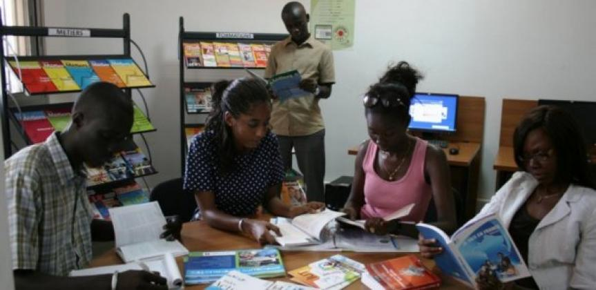 2 milliards, Campus France, Etudiants