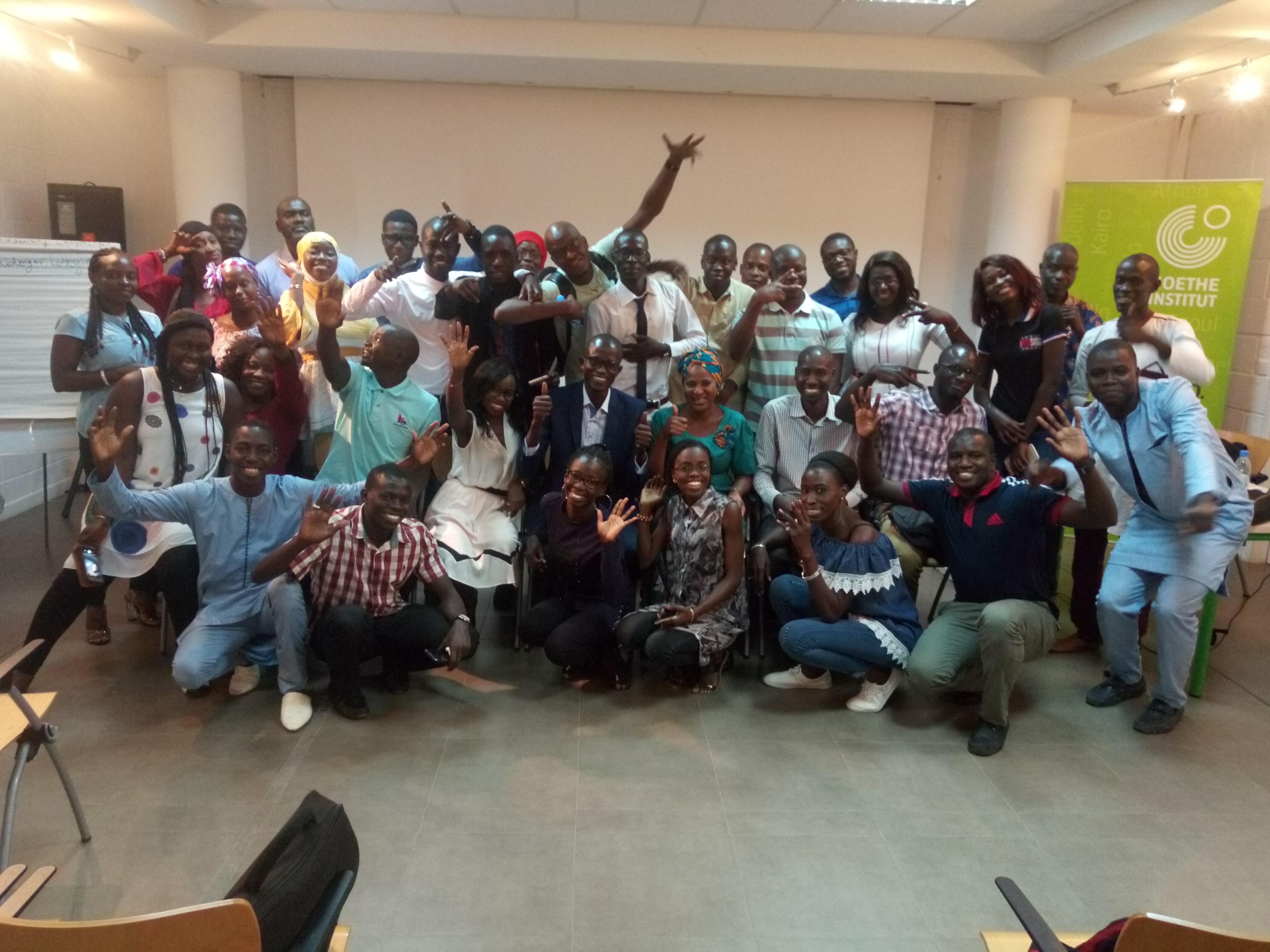 archiviste, Archivistes et Documentalistes, asbad, Association Sénégalaise des Bibliothécaires, bibliothécaires, formation sur les réseaux sociaux, professionnels de l'information documentaire, Réseaux sociaux, utilisation des réseaux sociaux