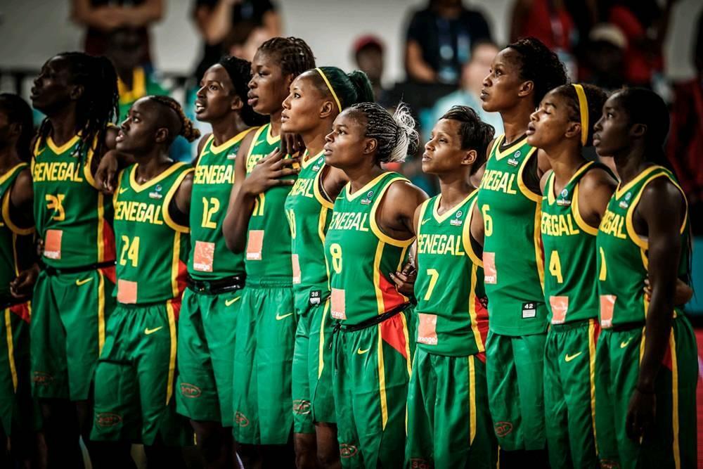 lionnes du sénégal qui préparent l'afrobasket