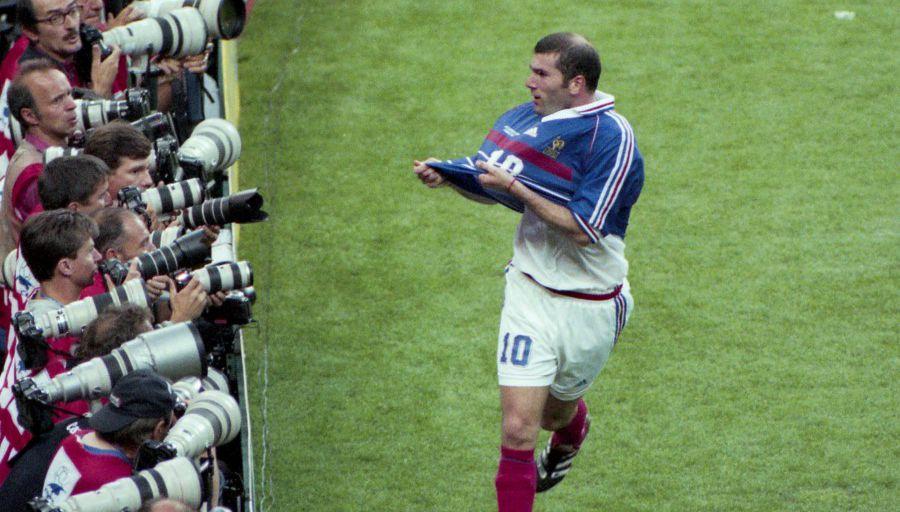 Le maillot de Zidane lors de France-Brésil 98 mis aux enchères !