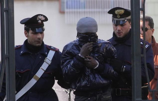 Arrestation, êtres humains, Italie, sénégalais, Trafic