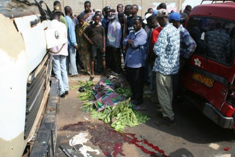 Péage de Pikine, se renverse et fait plusieurs, Un car « Ndiaga Ndiaye »