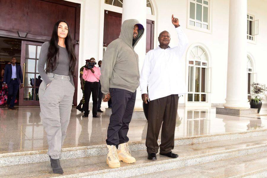 """Résultat de recherche d'images pour """"président ougandais à Kim Kardashian"""""""