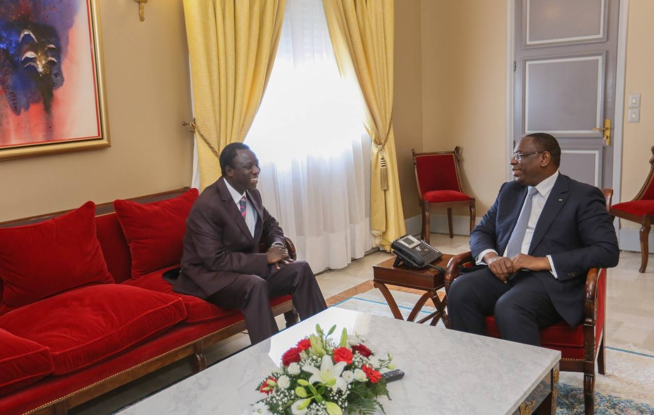 Audience, Macky Sall, Thione