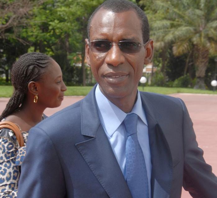 décime l'opposition, Fanaye (Podor), Kalidou Kane, les bases de L'Apr, parrainage