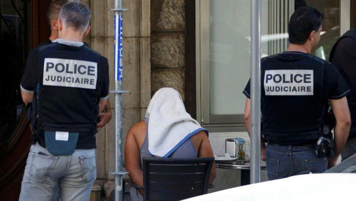 Arrêtés, Italie, sénégalais