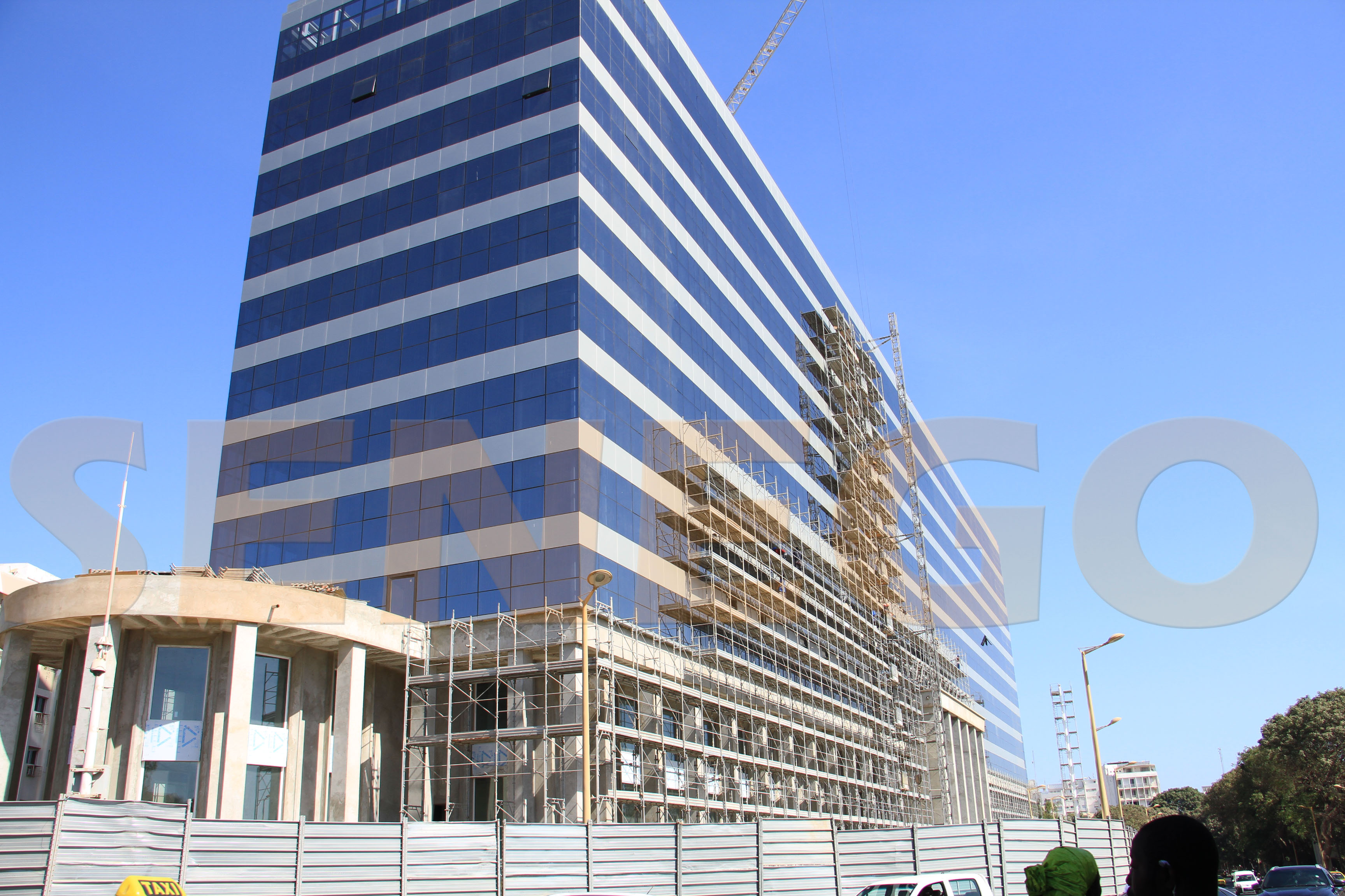 17 milliards, 40 milliards, réfection du Building Administratif