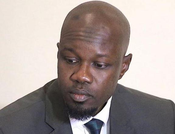 Ahmed Khalifa Niasse, Ousmane Sonko, Plainte
