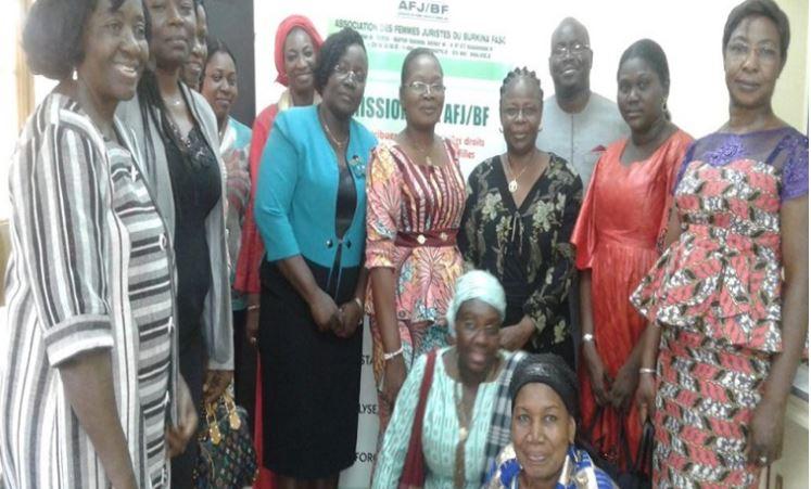 Association des Femmes Juristes, Brûle, Khadim Ndiaye, par son épouse