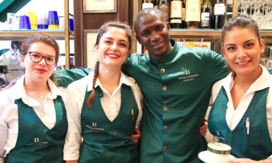 histoire, Italie, Moussa Ndoye, pâtisserie