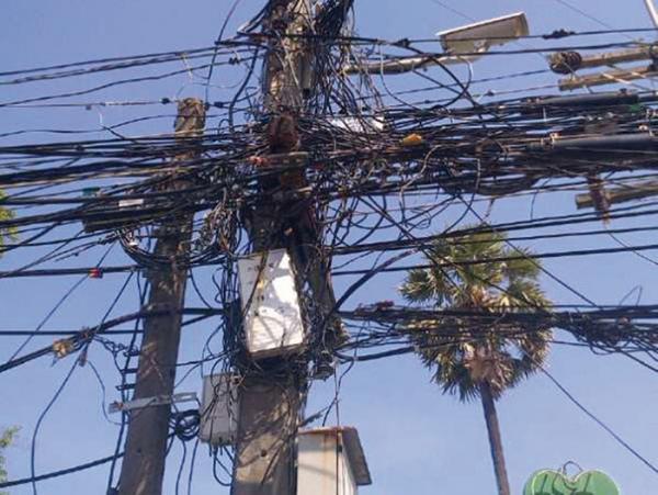 électrocuté, Touba