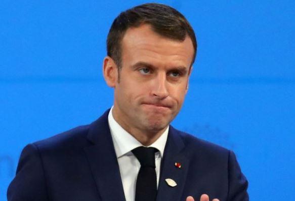 Emmanuel Macron, Macron en chute libre