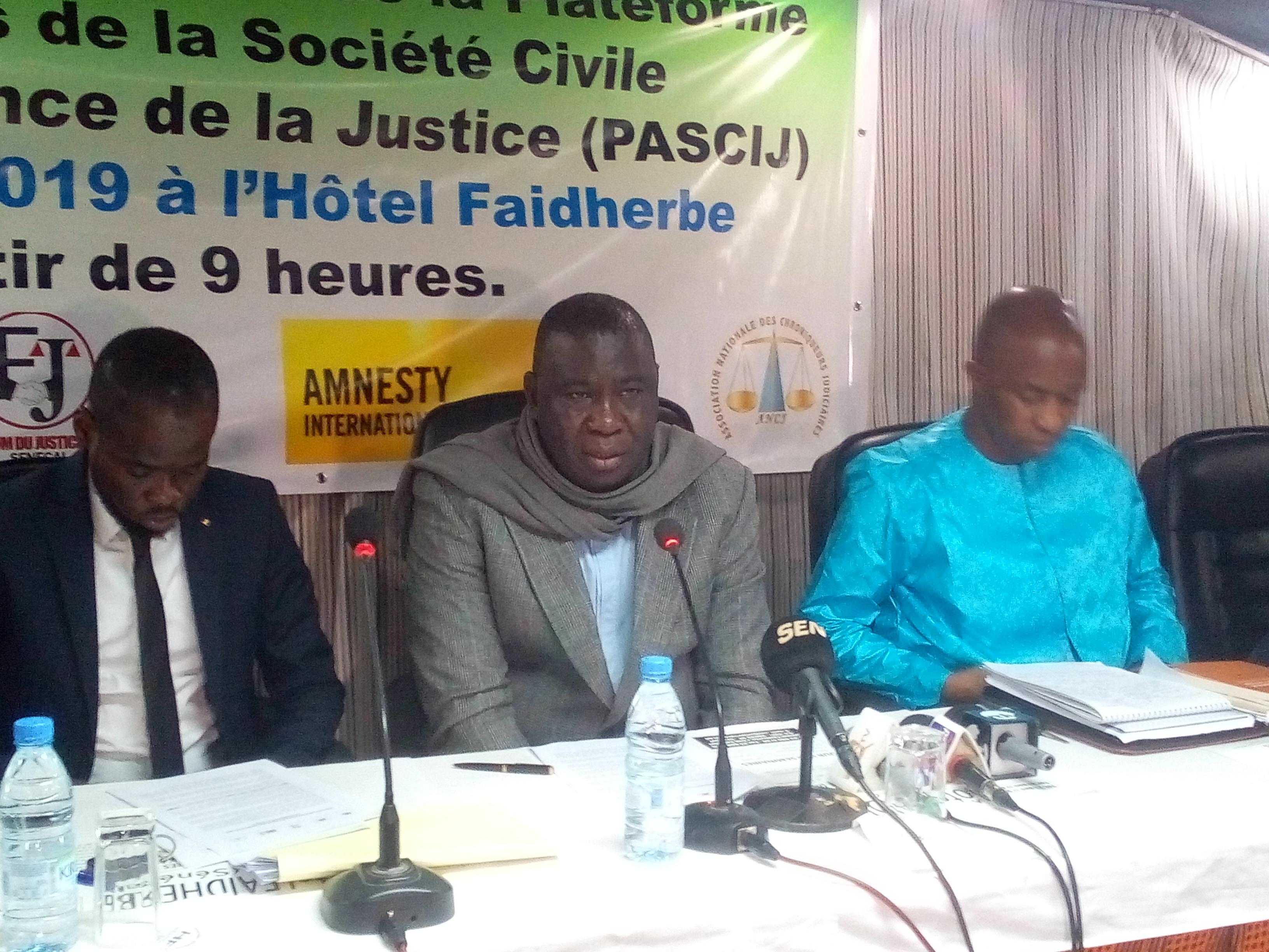le Forum Justiciable et Amnesty International, Radho, Ums