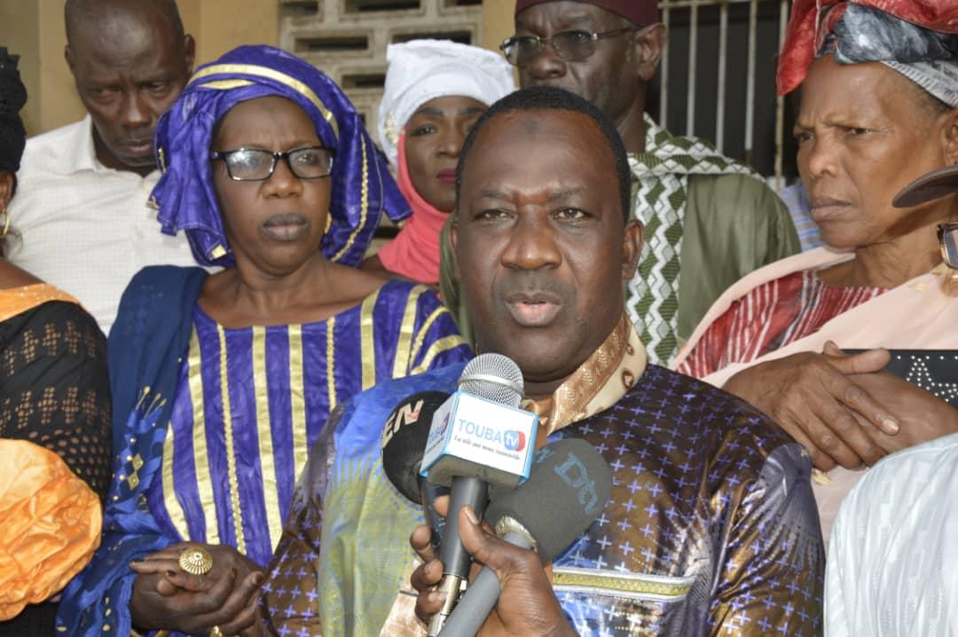 Guédiawaye : Les jeunes du mouvement GRAME s'en prennent à Racine Talla…