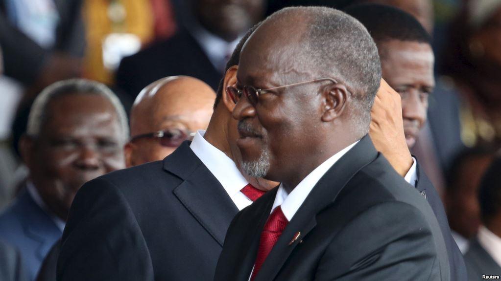 Fonctionnaires, Renvoyés, Tanzanie