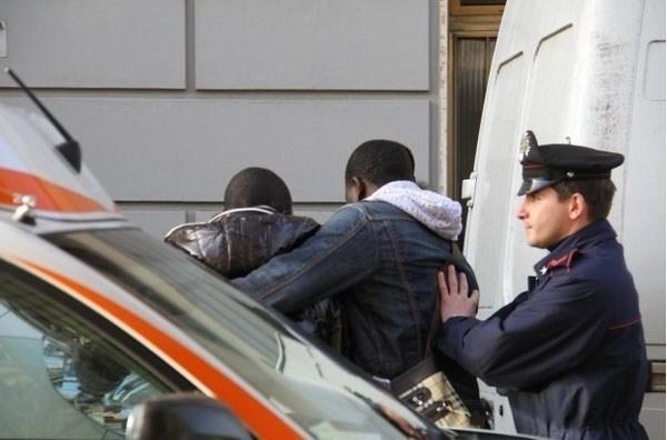 Sénégalis-arrêtés-en-Italie
