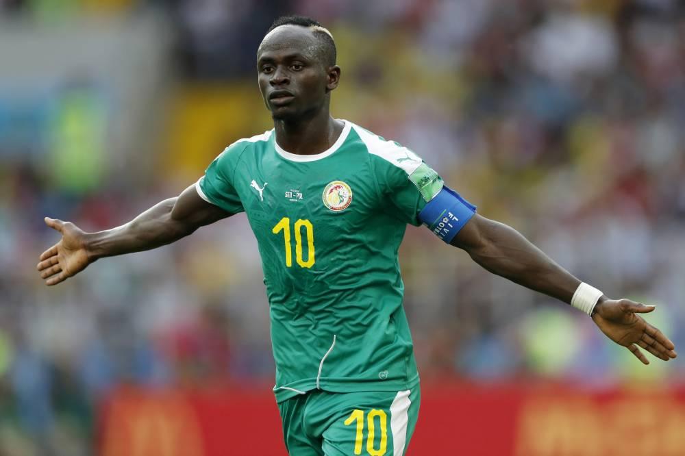 FIFA: Le Sénégal obtient son meilleur classement sur le plan mondial - Sadio Mane avec un ballon de football - Coupe du monde 2018