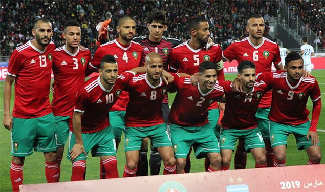 Amical: Le Maroc s'incline face à la Zambie - Un groupe de joueurs de football posant pour une photo - Fouzi Lekjaa