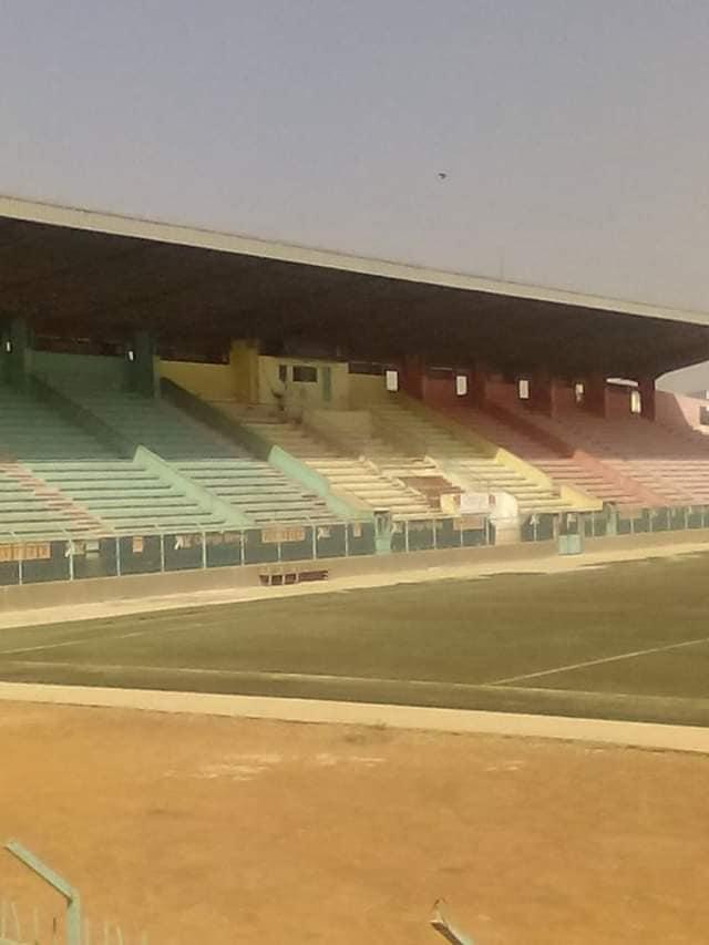 73375616 10206404788954781 4725534614918004736 n - Demba Diop : Un stade hanté à l'attente d'un souffle de vie (photos)