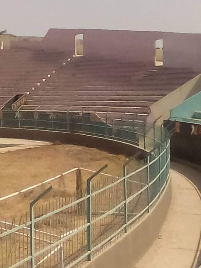 74506124 10206404789274789 4227144926262984704 n - Demba Diop : Un stade hanté à l'attente d'un souffle de vie (photos)