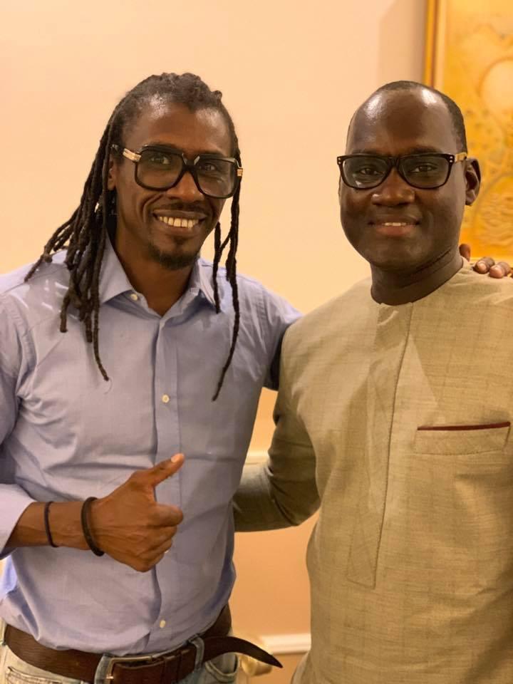 69095237 2348293558617070 1066073988821680128 n - Babacar Ngom réunit Diouf et Aliou Cissé autour d'une table (photos)