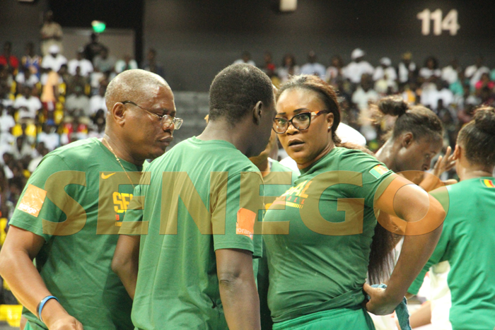 coach basket dame 5 - (50 photos) - Afrobasket 2019: Revivez le match Sénégal vs Angola en images