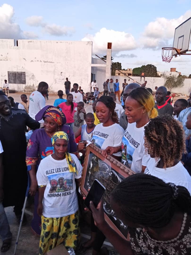 whatsapp image 2019 08 25 at 13.36.00 1 - Le geste touchant de Astou Traoré envers les basketteurs handicapés
