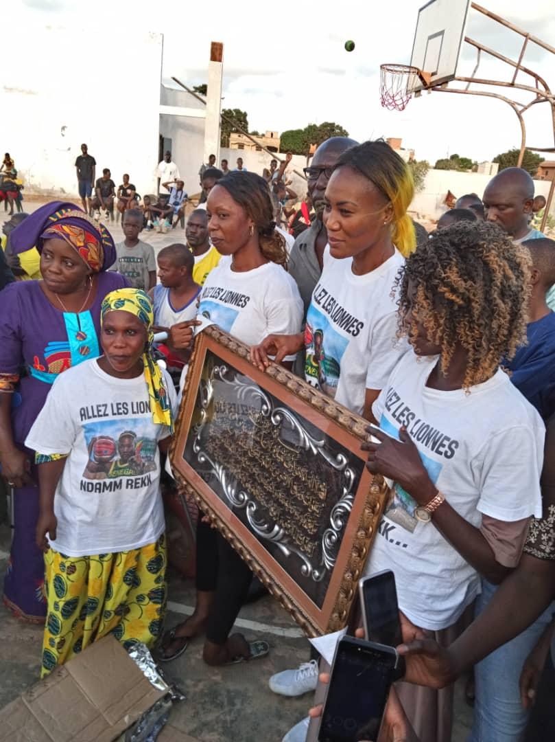 whatsapp image 2019 08 25 at 13.36.02 - Le geste touchant de Astou Traoré envers les basketteurs handicapés