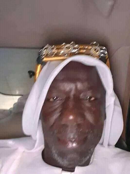 wilaneeee - De retour de La Mecque, El Hadj Wilane adopte le style saoudien