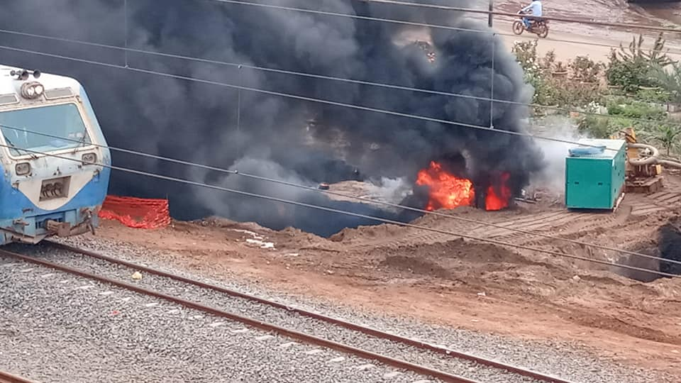 4 2 - Dalifort : Un pipeline prend feu (Photos)