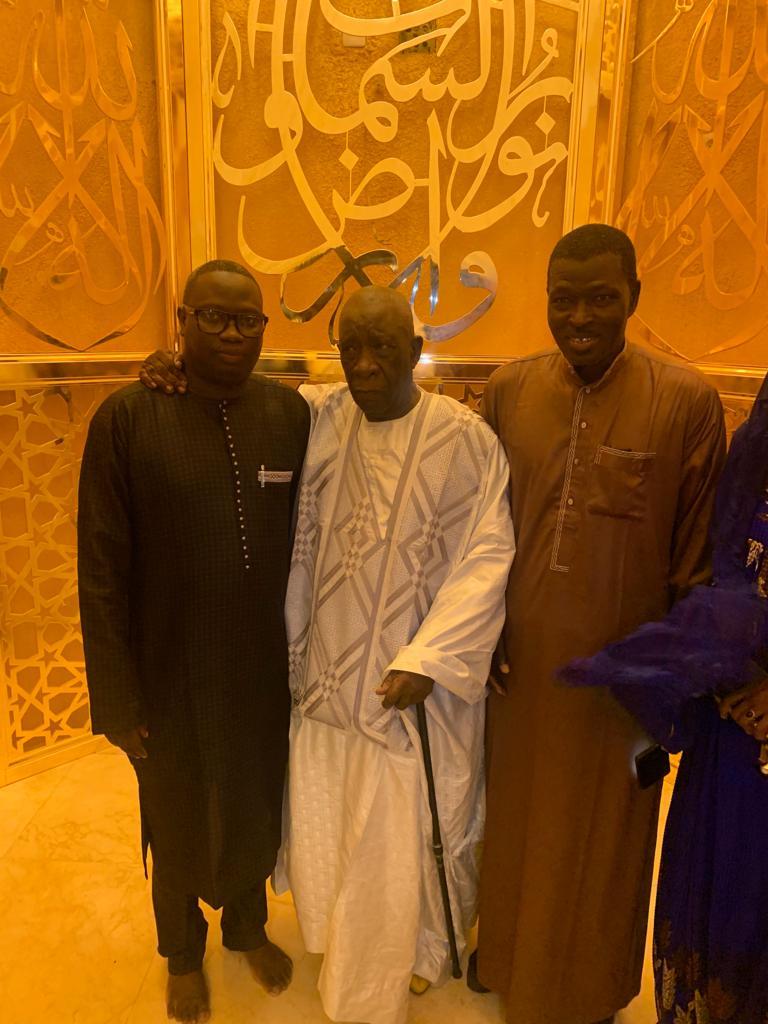 mansour mbaye 1 - Massalikoul Jinaan : Mansour Mbaye s'émerveille devant le bijou