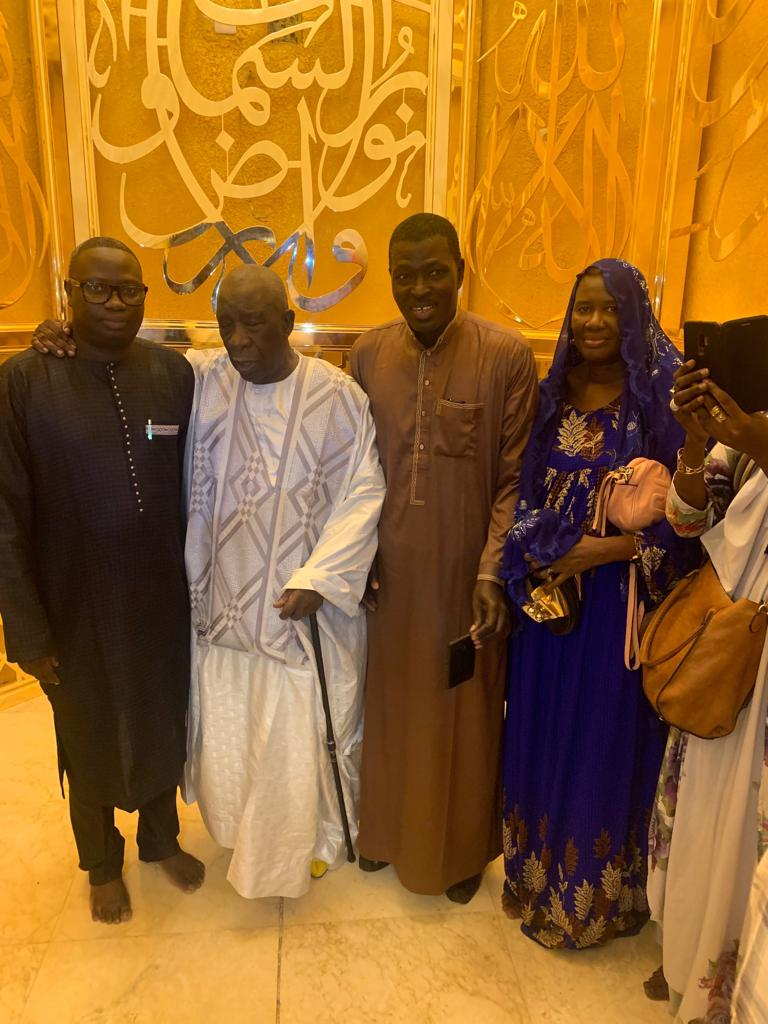 mansour mbaye 12 - Massalikoul Jinaan : Mansour Mbaye s'émerveille devant le bijou