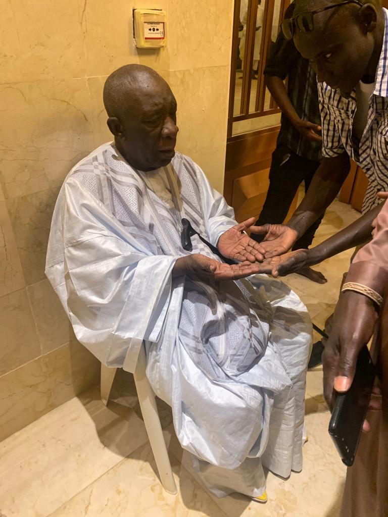 mansour mbaye 14 - Massalikoul Jinaan : Mansour Mbaye s'émerveille devant le bijou
