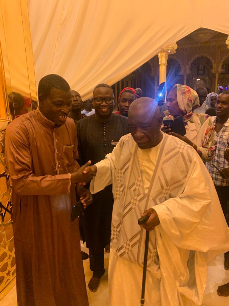 mansour mbaye 16 - Massalikoul Jinaan : Mansour Mbaye s'émerveille devant le bijou