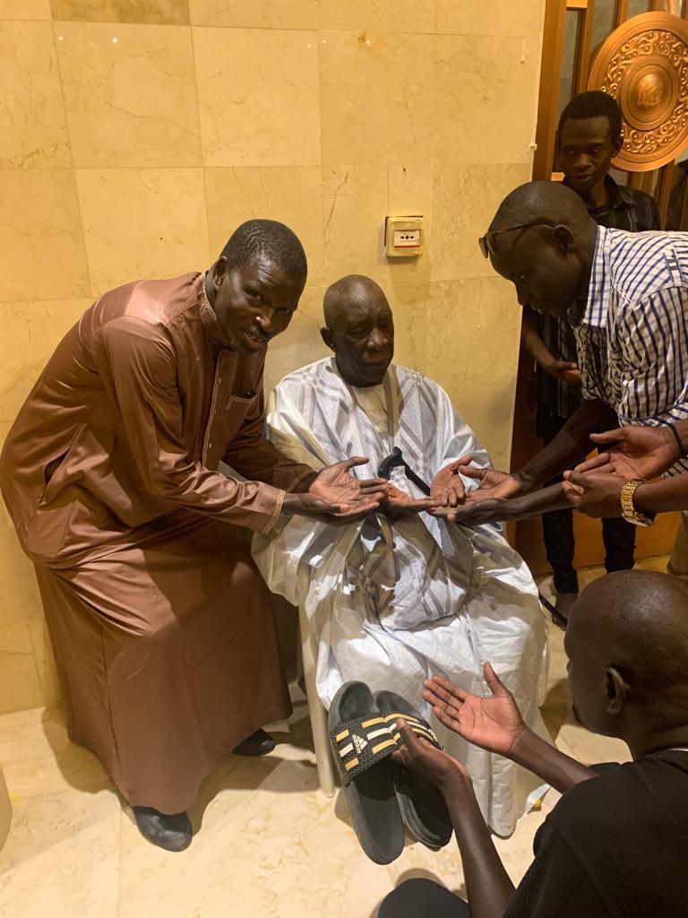 mansour mbaye 17 - Massalikoul Jinaan : Mansour Mbaye s'émerveille devant le bijou