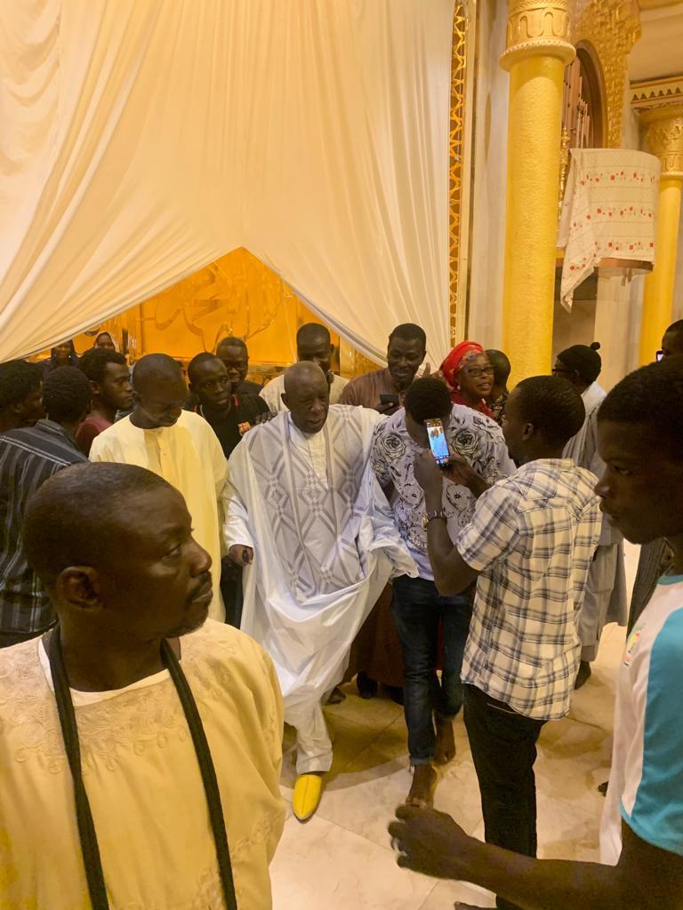 mansour mbaye 4 - Massalikoul Jinaan : Mansour Mbaye s'émerveille devant le bijou