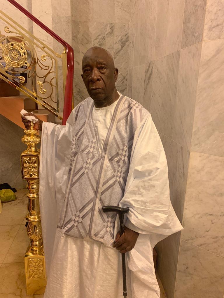 mansour mbaye 9 - Massalikoul Jinaan : Mansour Mbaye s'émerveille devant le bijou