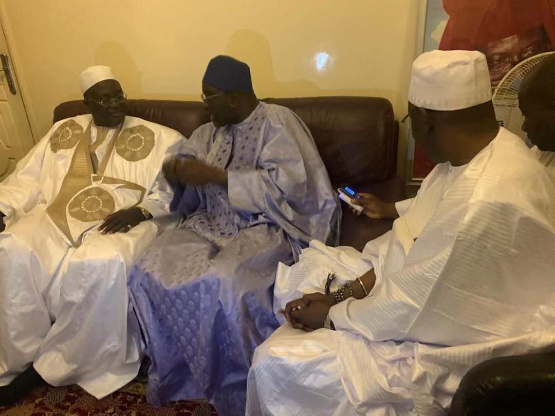 cisse lo tivaouane 10 - Gamou : Cissé Lo rend visite à la famille de Seydi El Hadji Malick Sy…