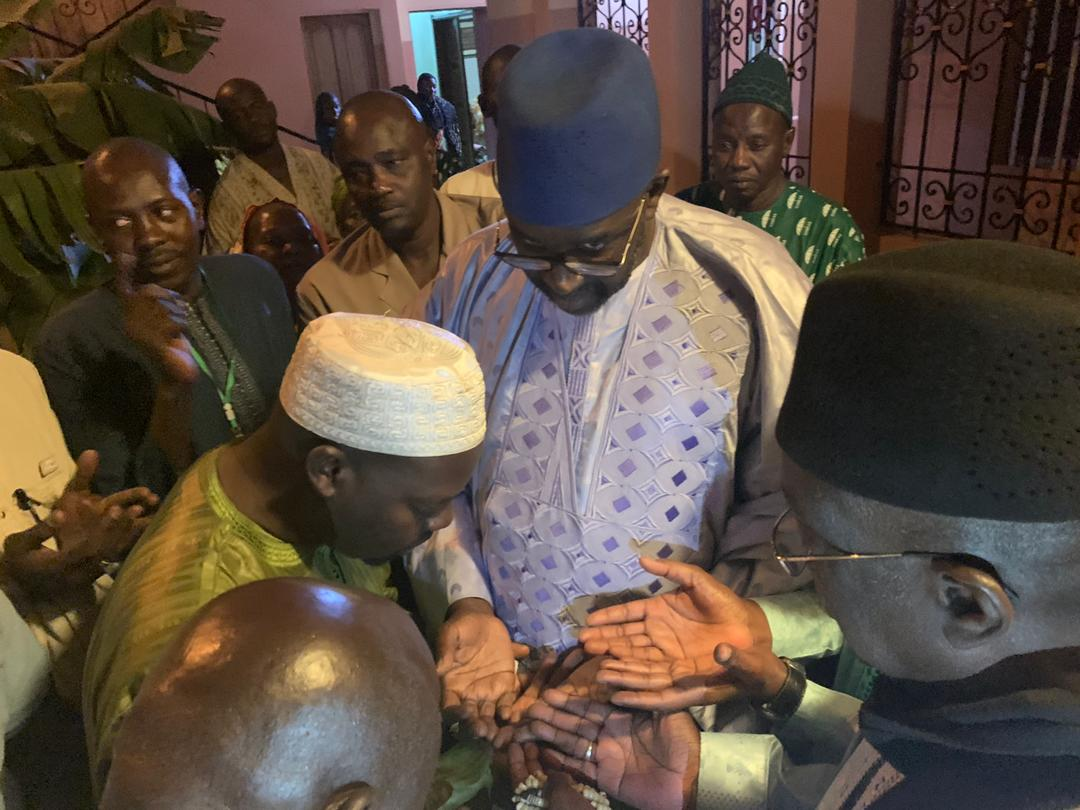 cisse lo tivaouane 7 - Gamou : Cissé Lo rend visite à la famille de Seydi El Hadji Malick Sy…