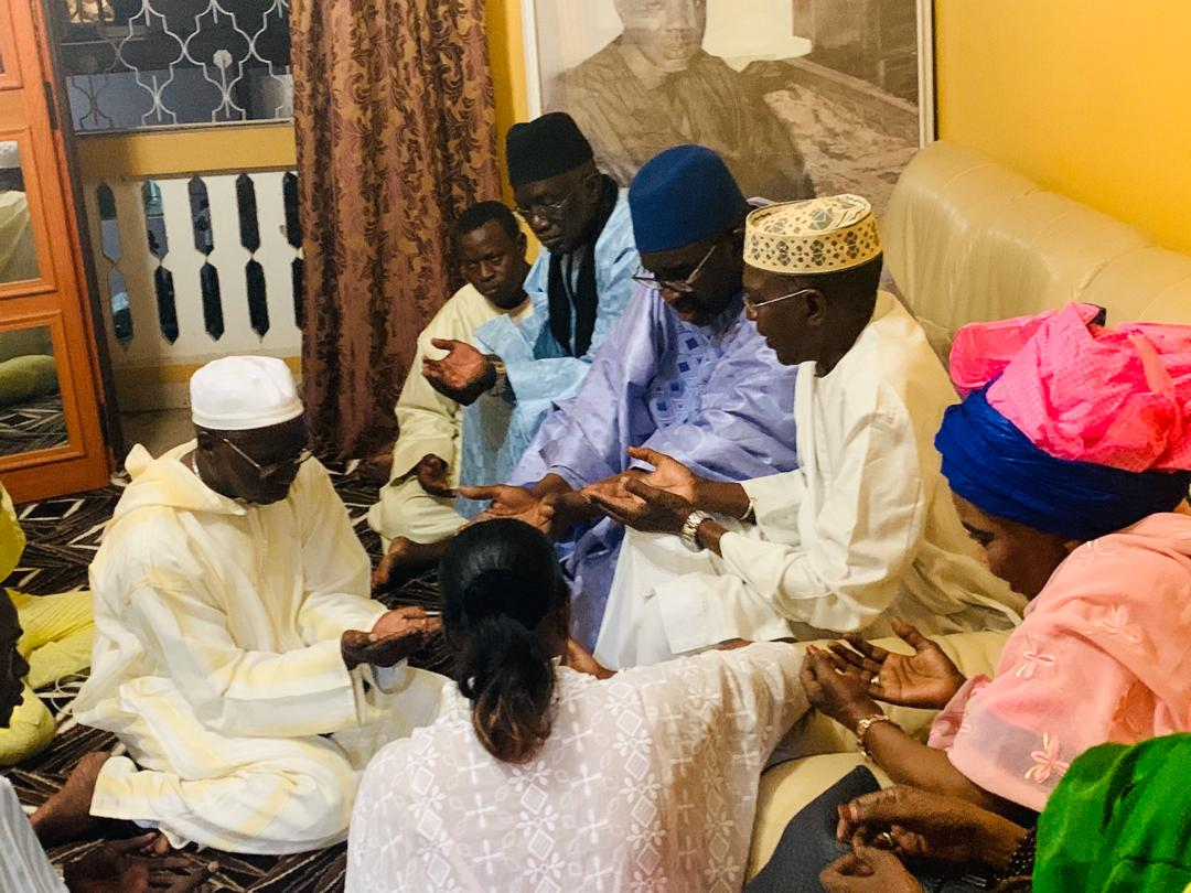 cisse lo tivaouane 8 - Gamou : Cissé Lo rend visite à la famille de Seydi El Hadji Malick Sy…