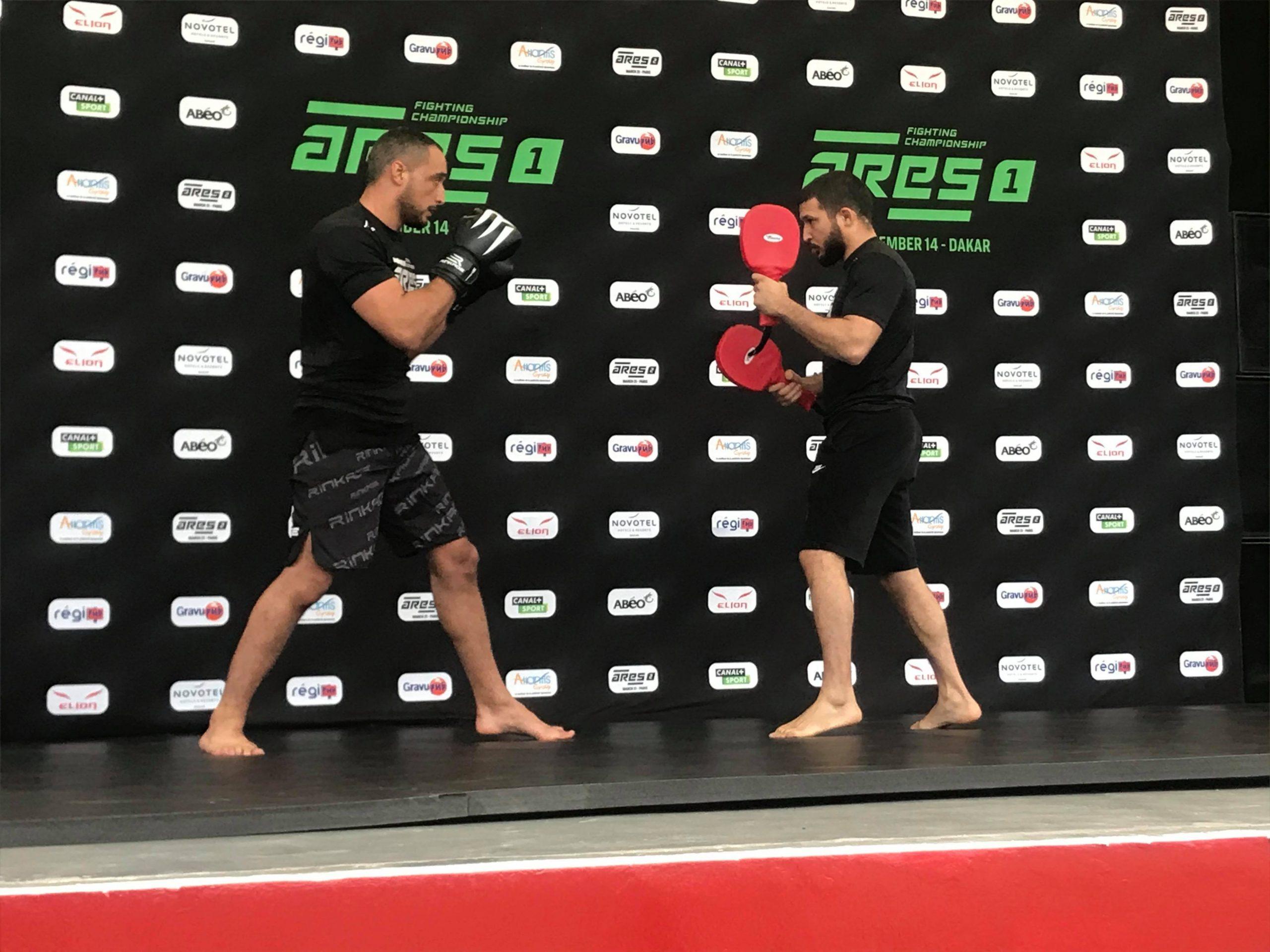 80002404 527678214484818 6417085021768646656 n scaled - MMA : Reug Reug et son adversaire Sofiane, présentés au public (13 Photos)