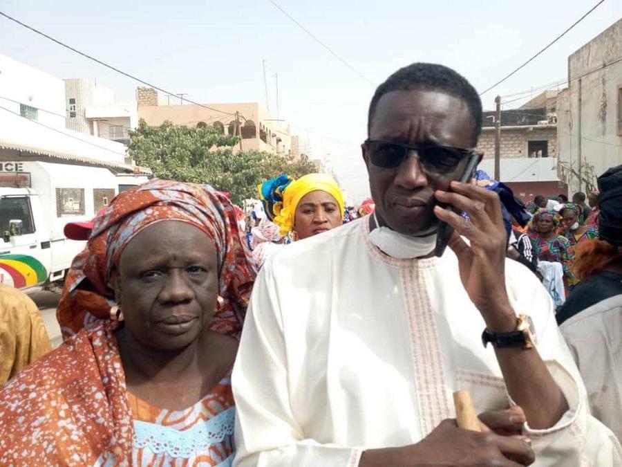 """amadou ba 1 - """"Cleaning Day"""": Amadou Ba nettoie auprès des Parcellois..."""