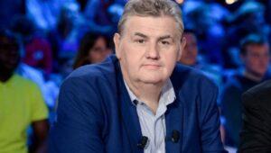Pierre-Menes-accuse-de-racisme-et-harcelement-par-un-journaliste