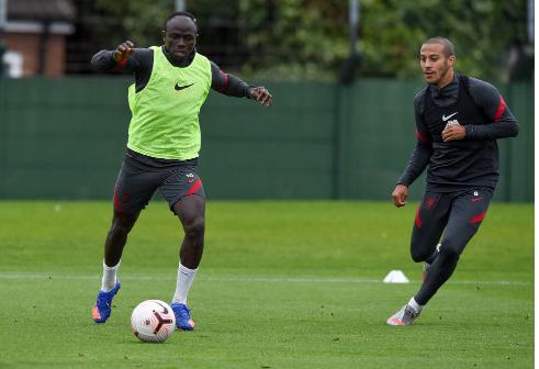 (Photos) Liverpool : Les images du retour de Thiago et Mané, remis du Covid-19…
